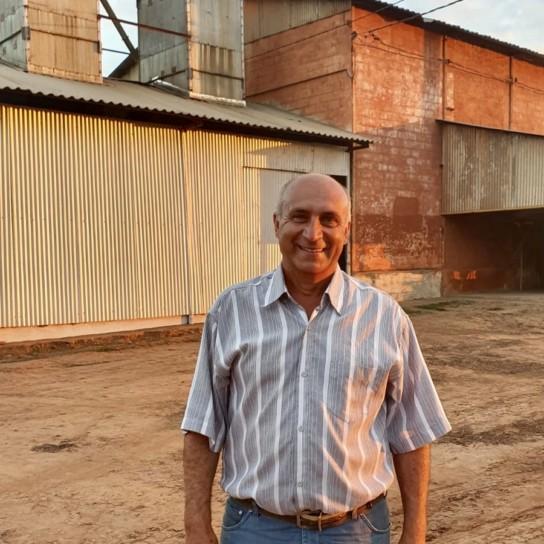 Brazilian Coffee Farmer Tadeau Sequalini of Ferradura